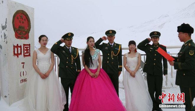 Chinese Military Personnels Wedding Ceremony Held At Khunjrab Pass Pakistan China Border